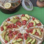 Piadina con guacamole e avocado