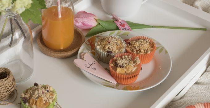 Cupcakes allo yogurt, frutta secca e muesli